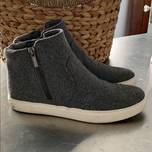 Kenneth Cole Felted Wool Sneakers Size 6.5